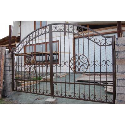 Ворота кованые №065 (средняя стоимость 2212 бел. руб.)