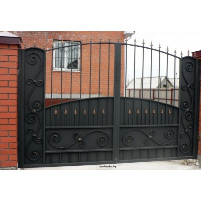 Ворота кованые №072 (средняя стоимость 1612 бел. руб.)