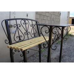 Кованый столик с лавкой №011