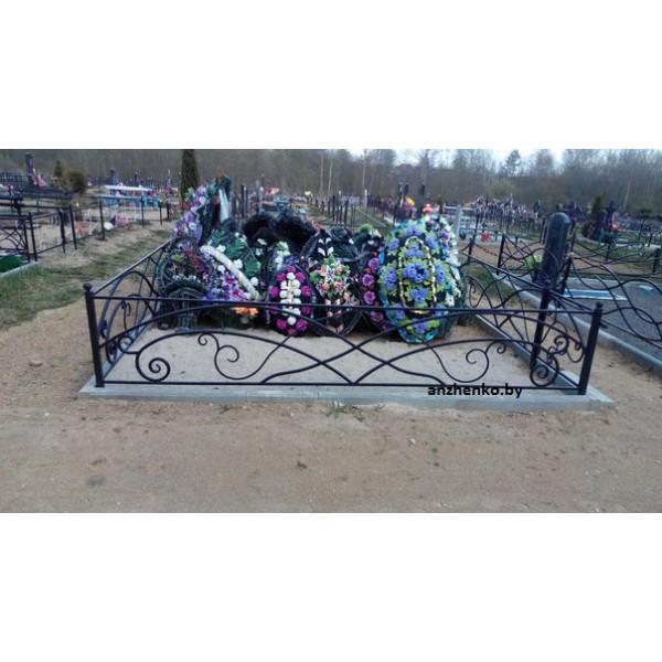 Кованая ограда на могилу в Кричеве №1