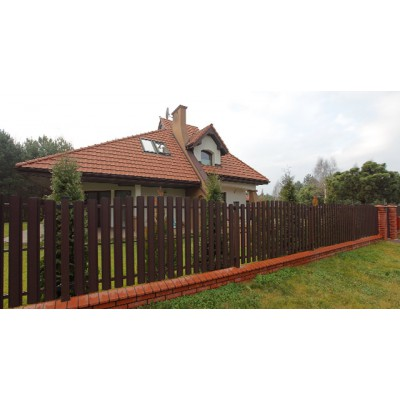 Забор из металлического штакетника. Высота 1,2 м