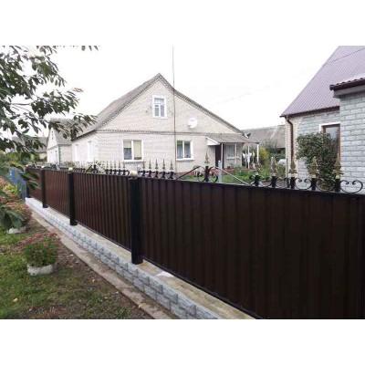 Забор из металлопрофиля с элементами ковки №0215 в Могилеве